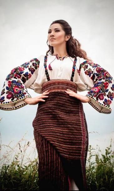 Hасолоджуємося співом Наталки Карпи у Львівській Опері .W Ukraine ... f1b23833b92bb