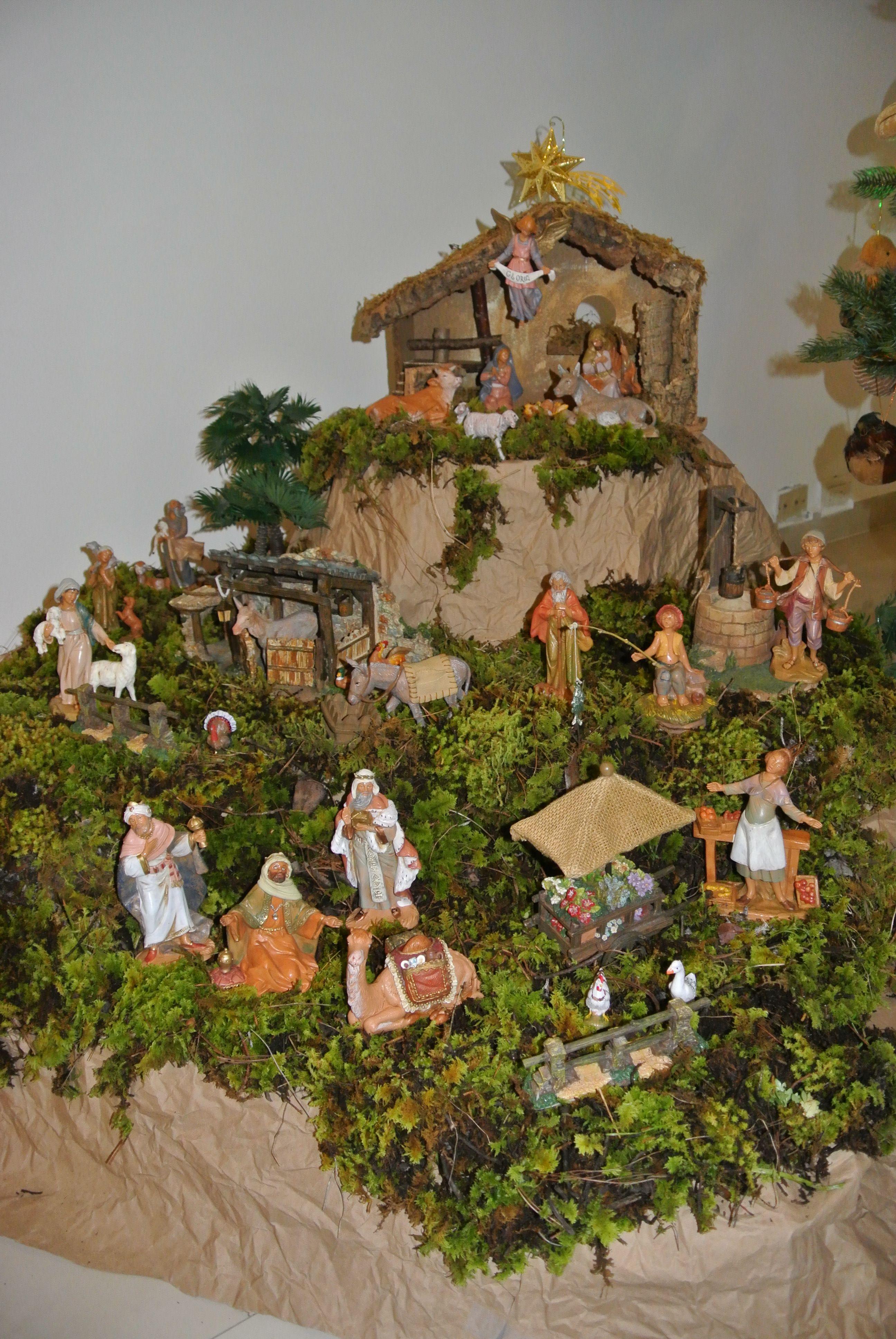 Fontanini Nativity Display By Alejandra Robert Christmas Nativity Scene Christmas Nativity Christmas Crib Ideas