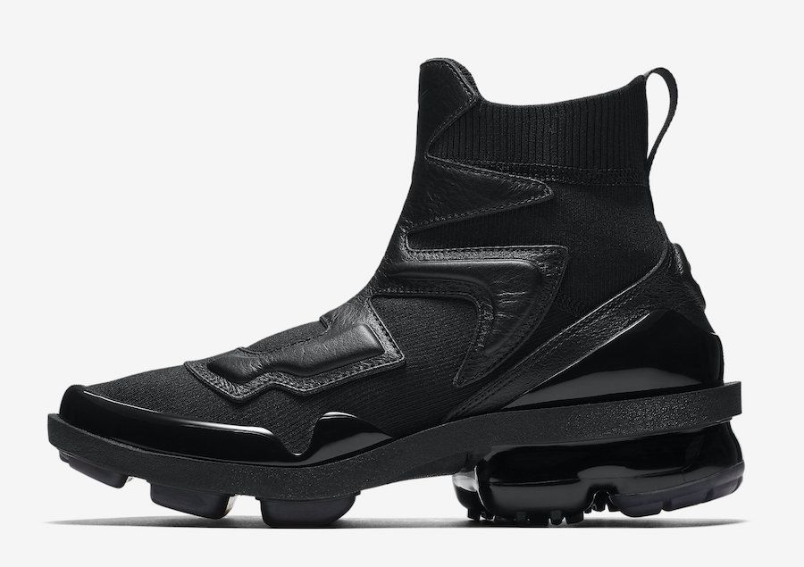 8f23124bb2 Nike Air VaporMax Light 2 Triple Black AO4537-001 Release Date ...