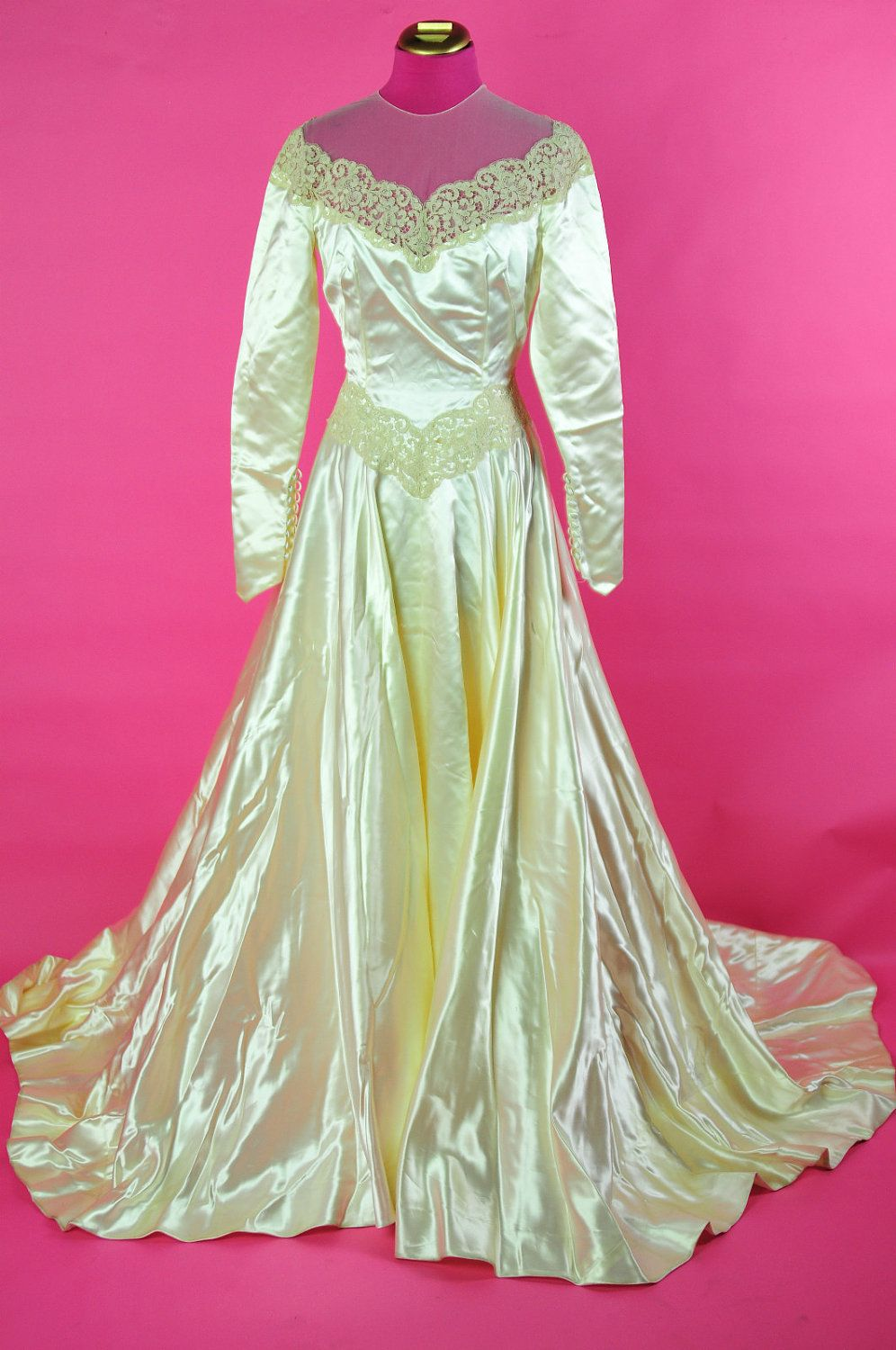 VTG 40s 50s Liquid Satin RARE chantilly lace Ivory wedding dress ...