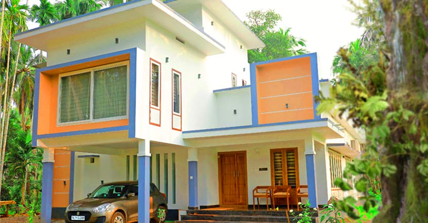 Malappuram House On A Surprisingly Low Budget Has All Modern Features In 2020 House Styles House Architecture Design House