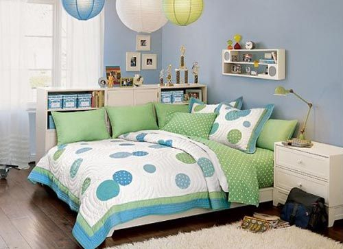 Farben, einfarbige Wände, gemusterte Tagesdecken home teenage