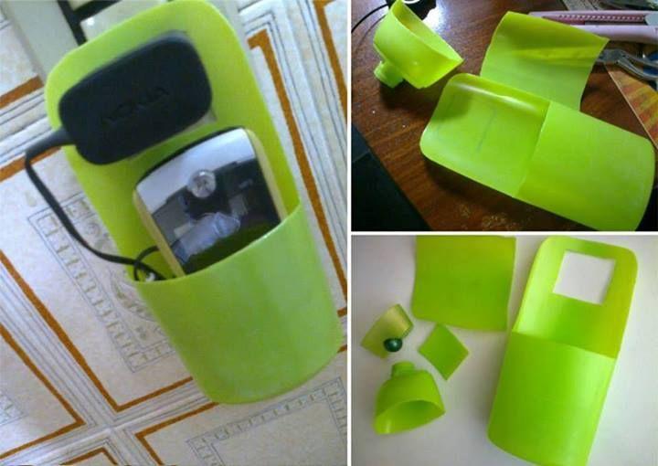 Envases para sostener el teléfono mientras se carga  #Reciclaje
