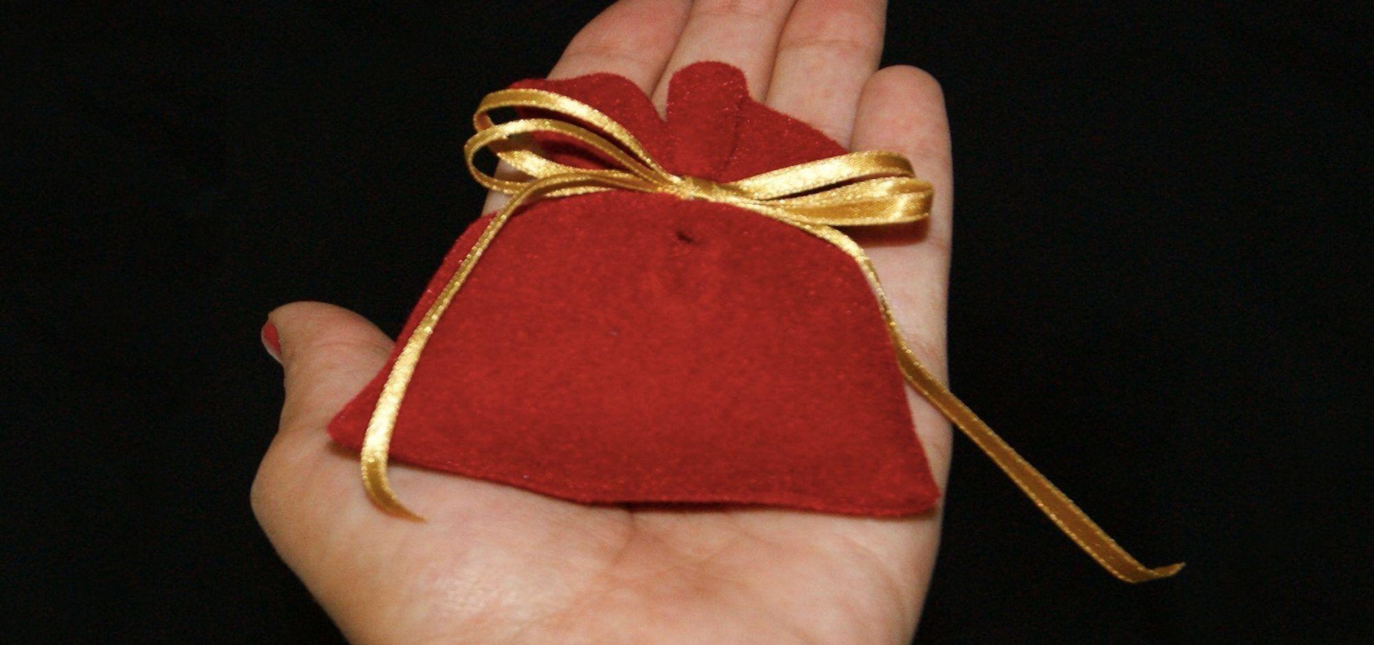 Saquinho De Protecao Poderoso Um Amuleto Contra Energias