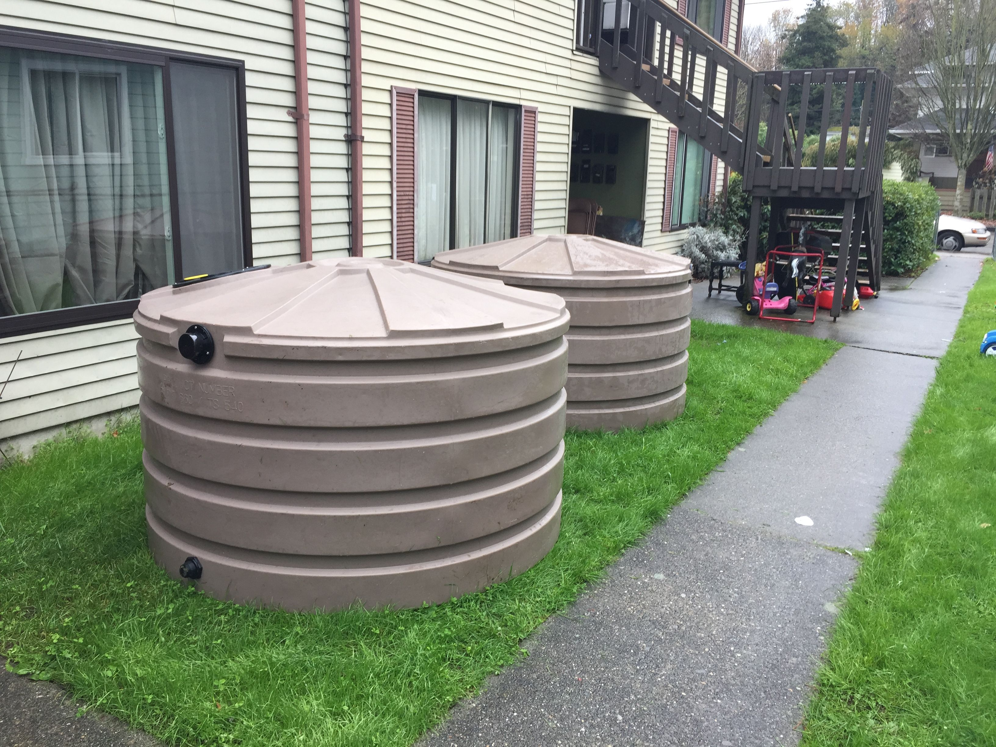 660 gallon round tanks - low profile can fit under a deck