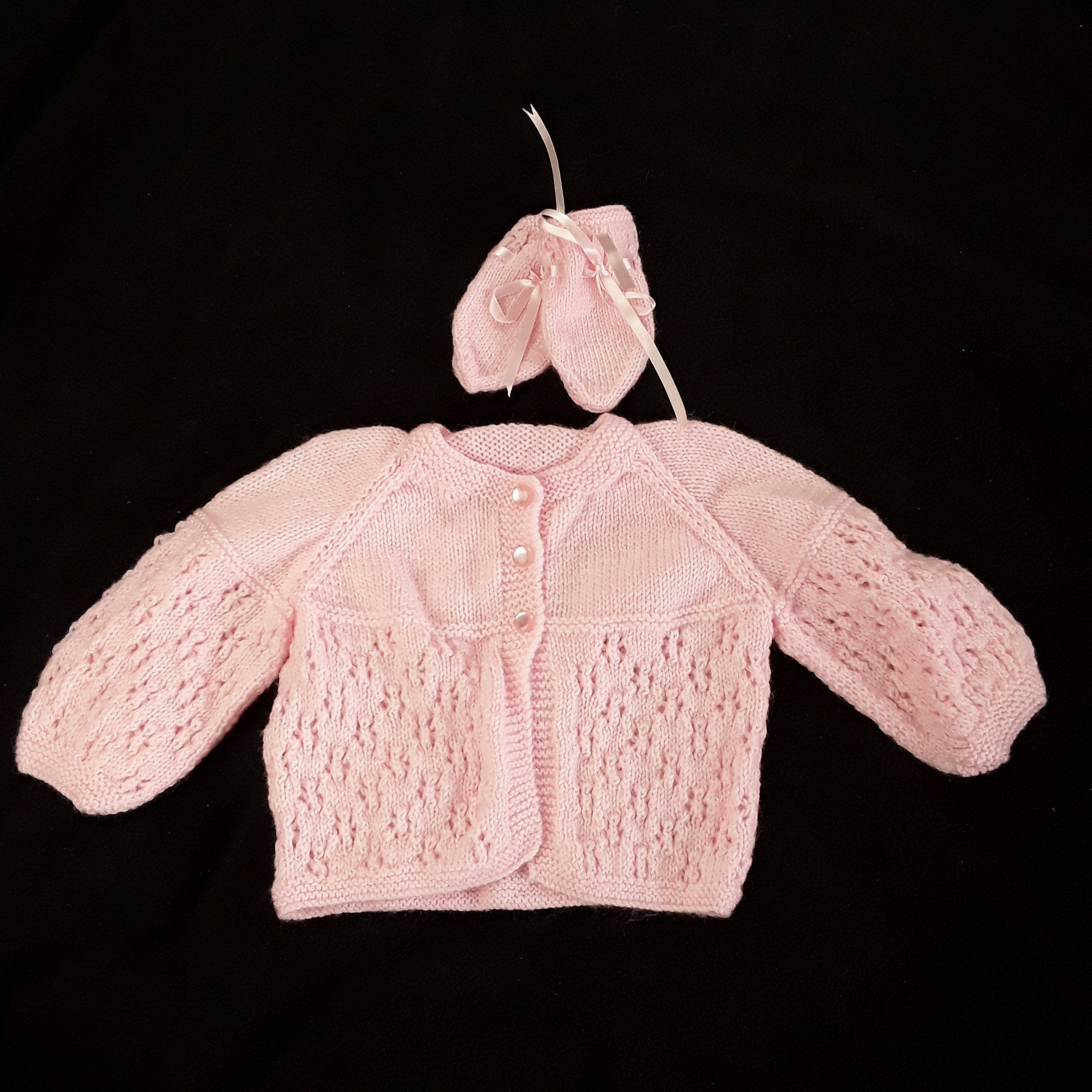 0-3 Months New Hand Knitted pink Baby Mittens