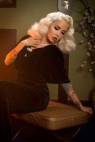 Laura Byrnes California Gilda Cape in Black Velvet