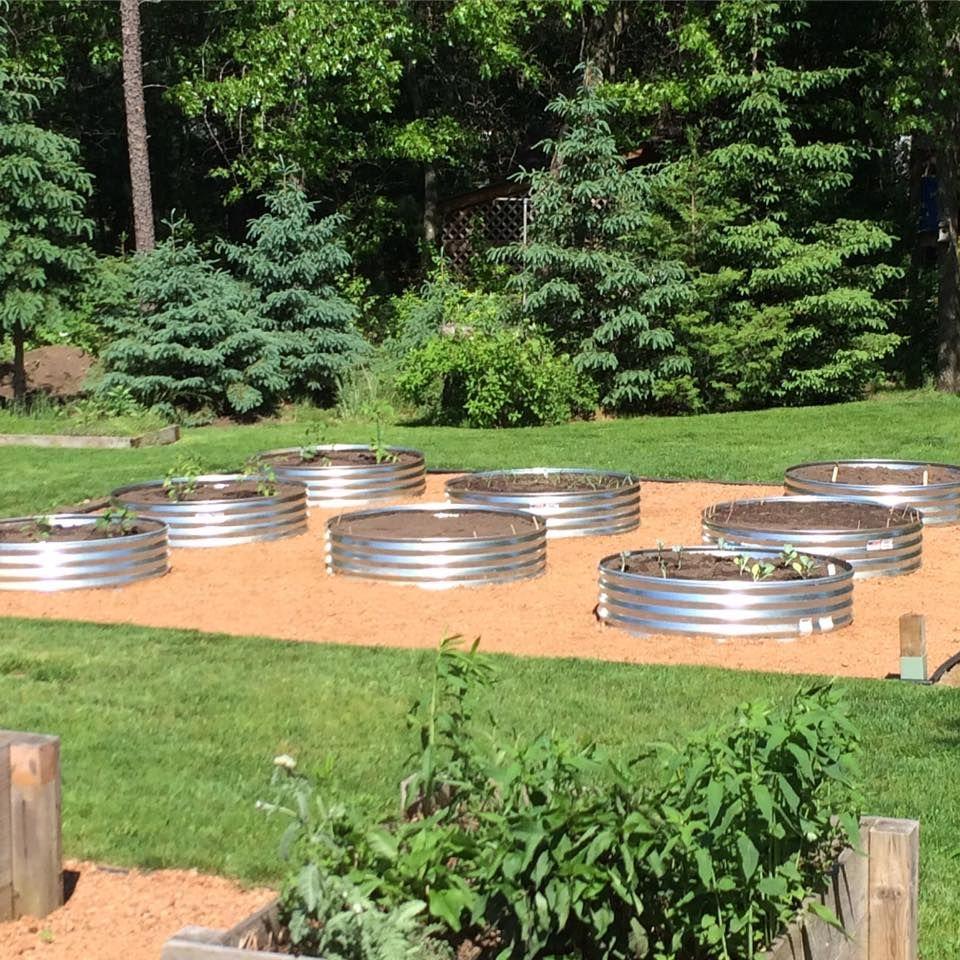 Charmant Galvanized Stock Tank Garden