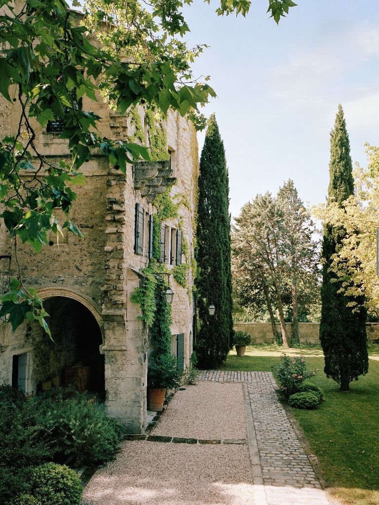 La Villa Des Alyscamps In Arles Via Vogue, Photo By Francois Halard