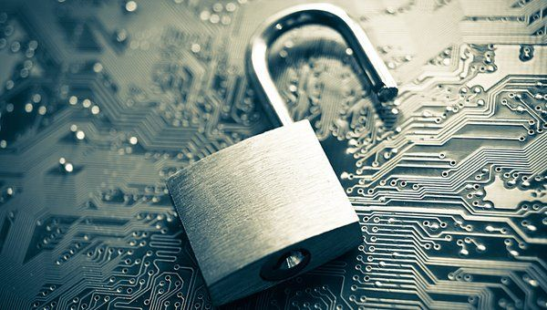 #Cyber Security Information Sharing Act causes big decisions to be made... http://gag.gl/JZh1al