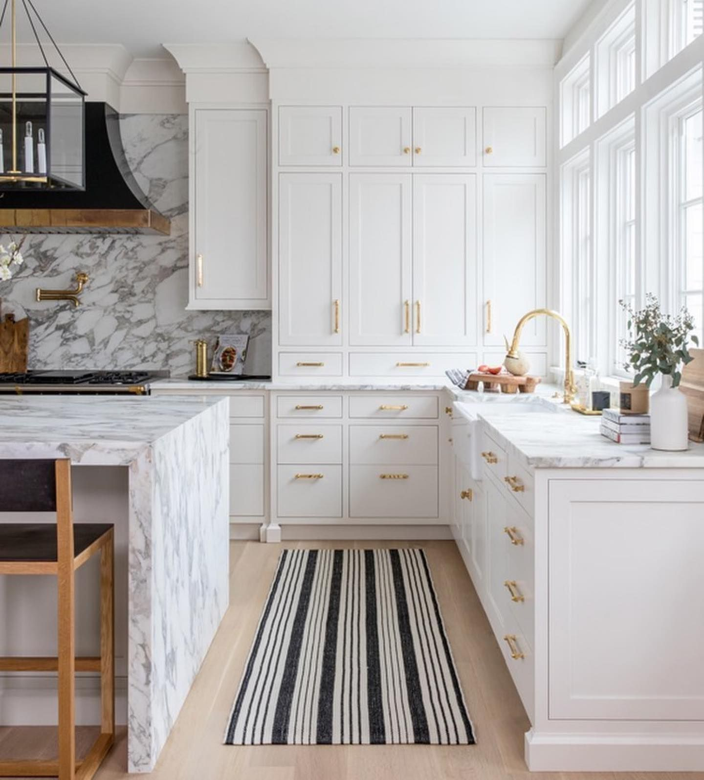 10 Ways To Freshen Up Right Now In 2020 Kitchen Interior Cheap Home Decor Kitchen Inspirations