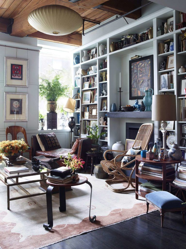 Alexandra loew interior featuring nazmiyal antique rugs also john derian   new york city abode is as charming and eclectic his rh pinterest
