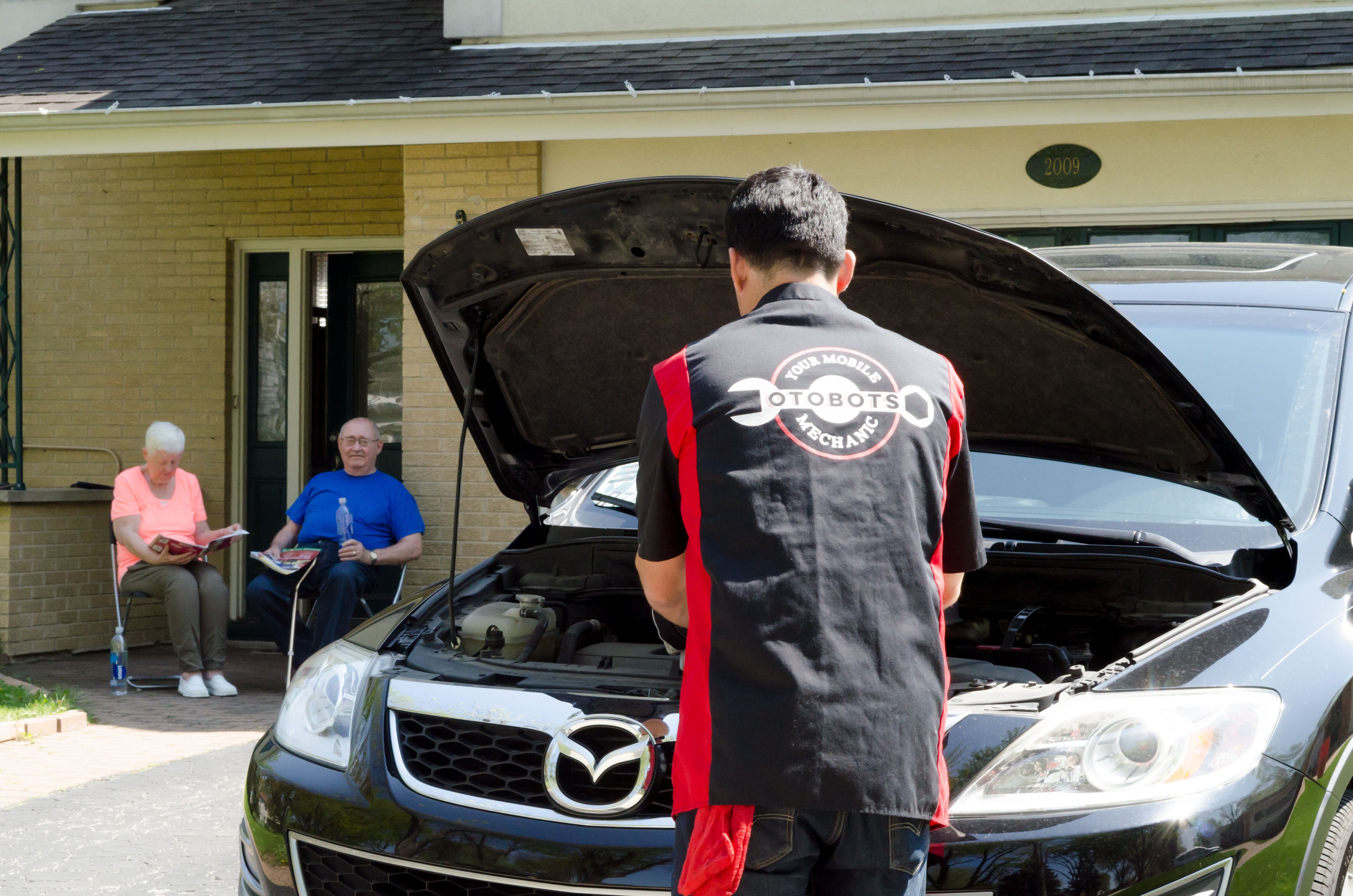 Tired Of Spending Your Valuable Time At The Auto Repair Shops Now Our Mechanics In Houston Will Come To Yo Car Repair Service Auto Repair Shop Mobile Mechanic