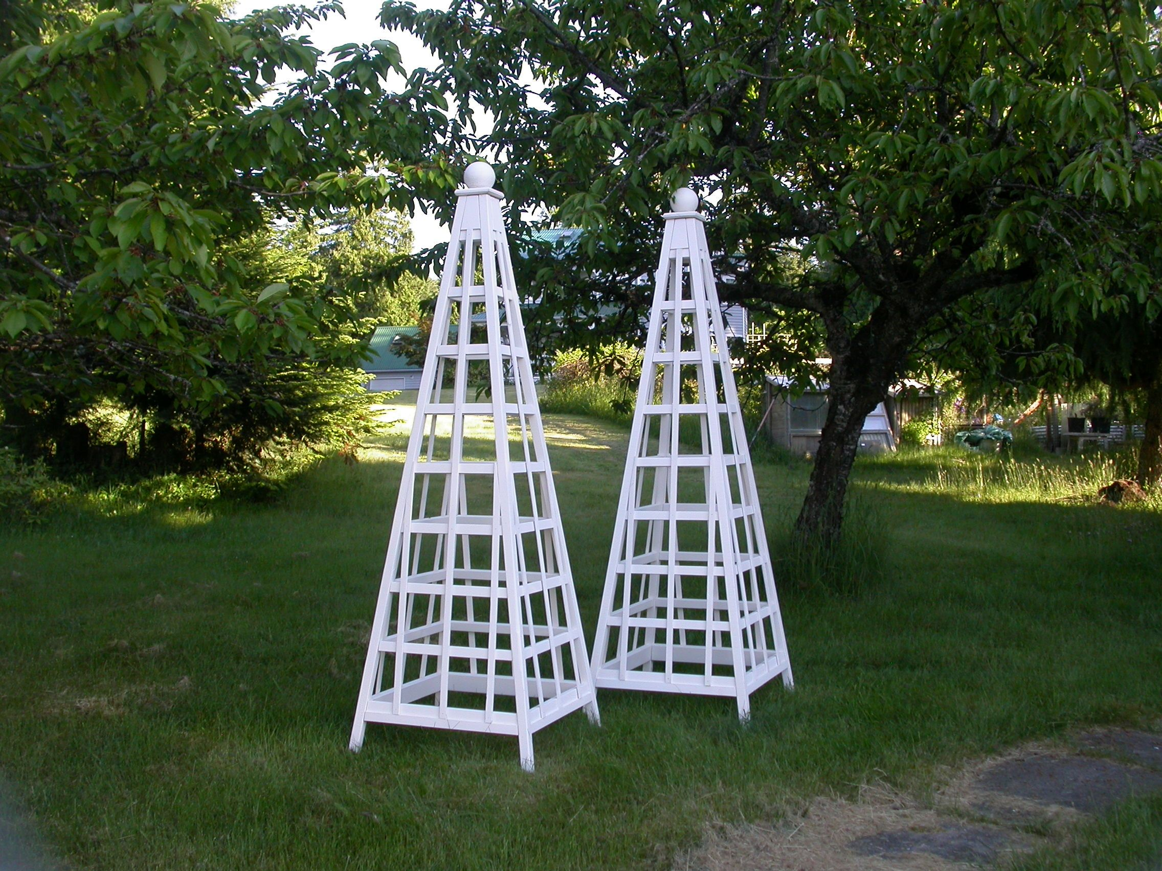 Cedar Garden Obelisk, White stained 8' trellis obelisk