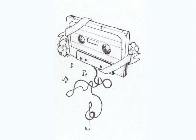 Tattoo-vorlagen-musik-motiv-retro-tonband-blumen