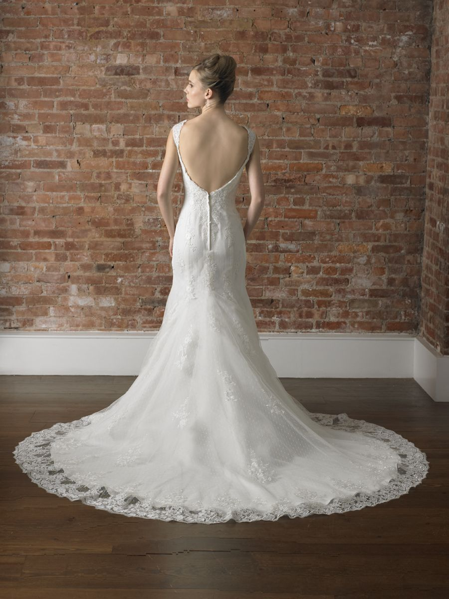 Low back lace mermaid wedding dress  Lace mermaid silhouette sweetheart neckline Lace cap sleevesopen