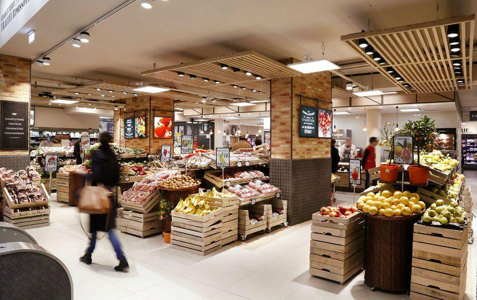 Le Nouveau Concept Premium De Carrefour Market En Centre Ville Magasin Fruits Et Legumes Interieur Boutique Magasin De Fruits