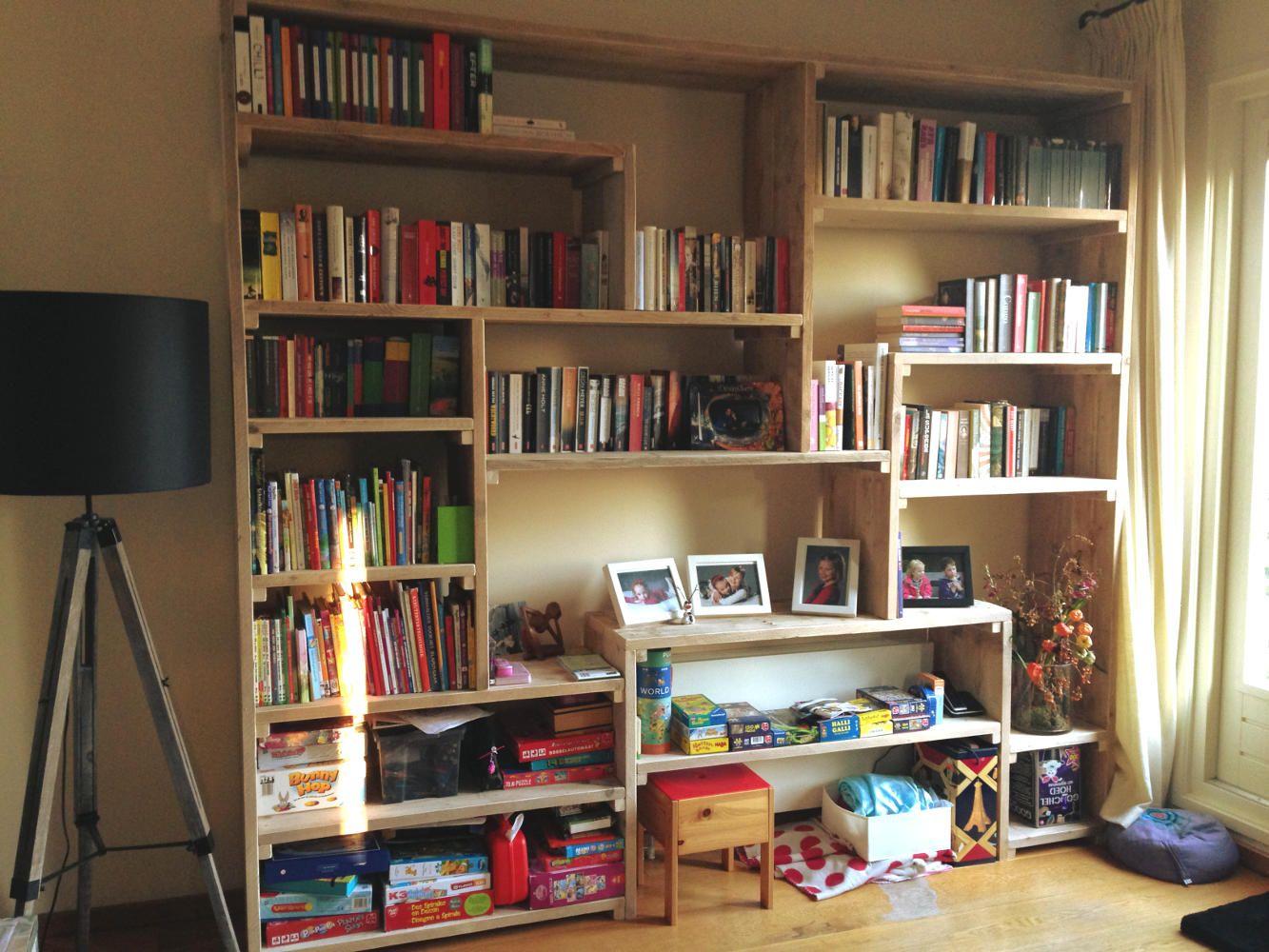 Steigerhouten boekenkast gemaakt door muramura.nl | Kids rooms ...