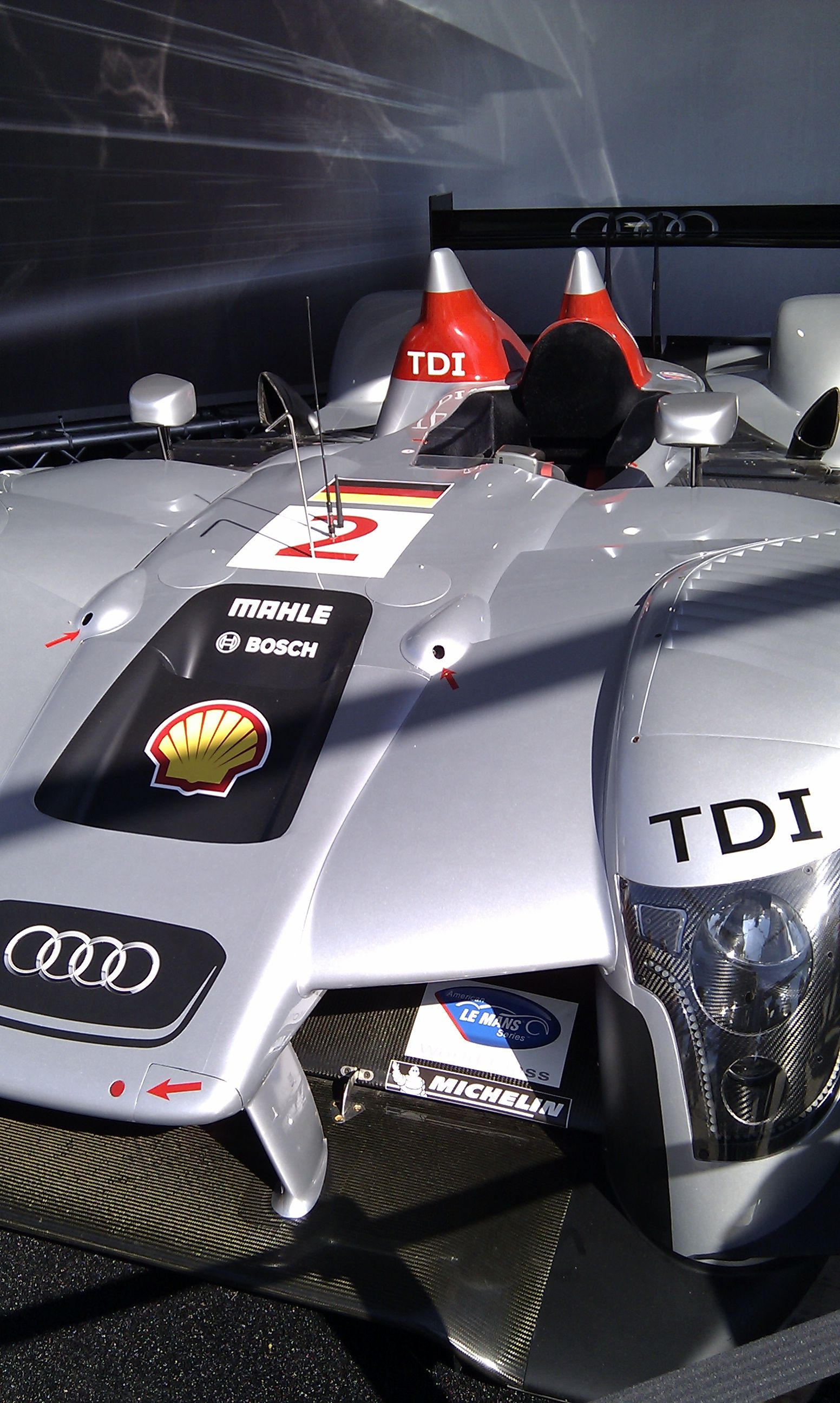 Le mans 24hours audi r18 tdi hybrid engineering things that go pinterest audi r18 le mans and audi