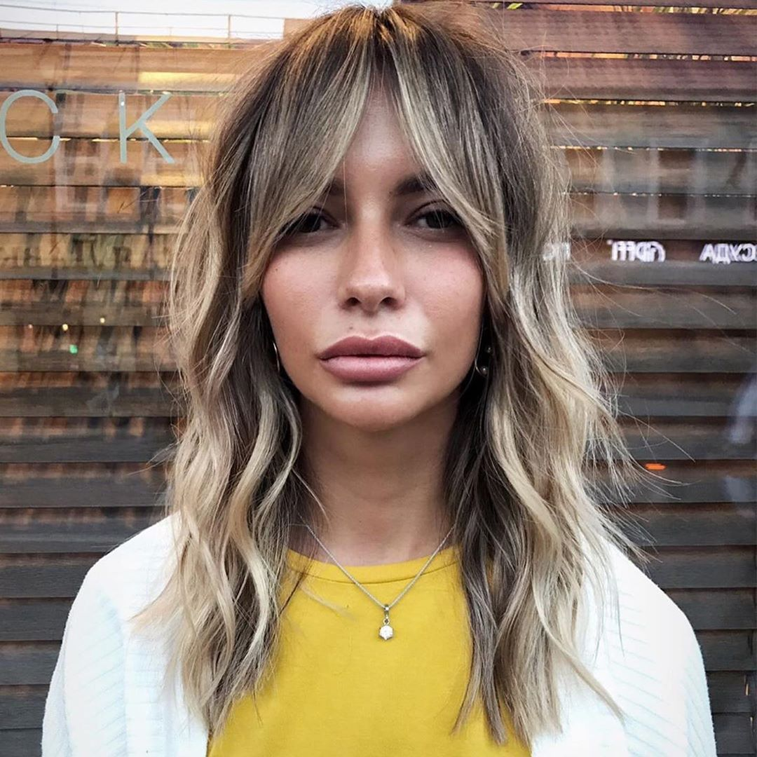 Showing off that classic, blonde yet not too blonde #crafthaircolor  @stebunovhair #hairbrained | Fringe hairstyles, American salon, Hairstyles  with bangs
