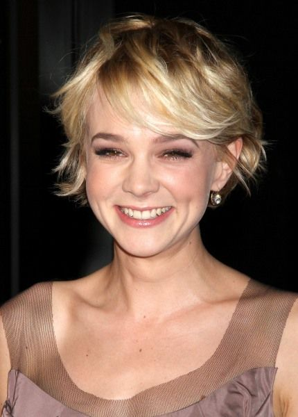 Hollywood S Hottest Short Hairstyles Celebrity Short Hair Hair