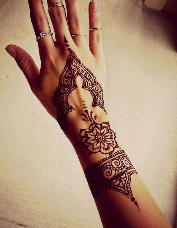 15 Beautiful Hand Tattoos For Both Men And Women Tattoos Henna