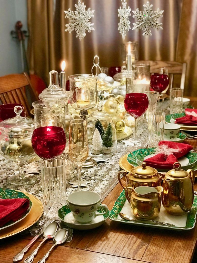 Christmas Table Decor How To Style Your Dining Room Table For Christmas By Li Silver Christmas Decorations Unique Christmas Decorations Holiday Decor Christmas