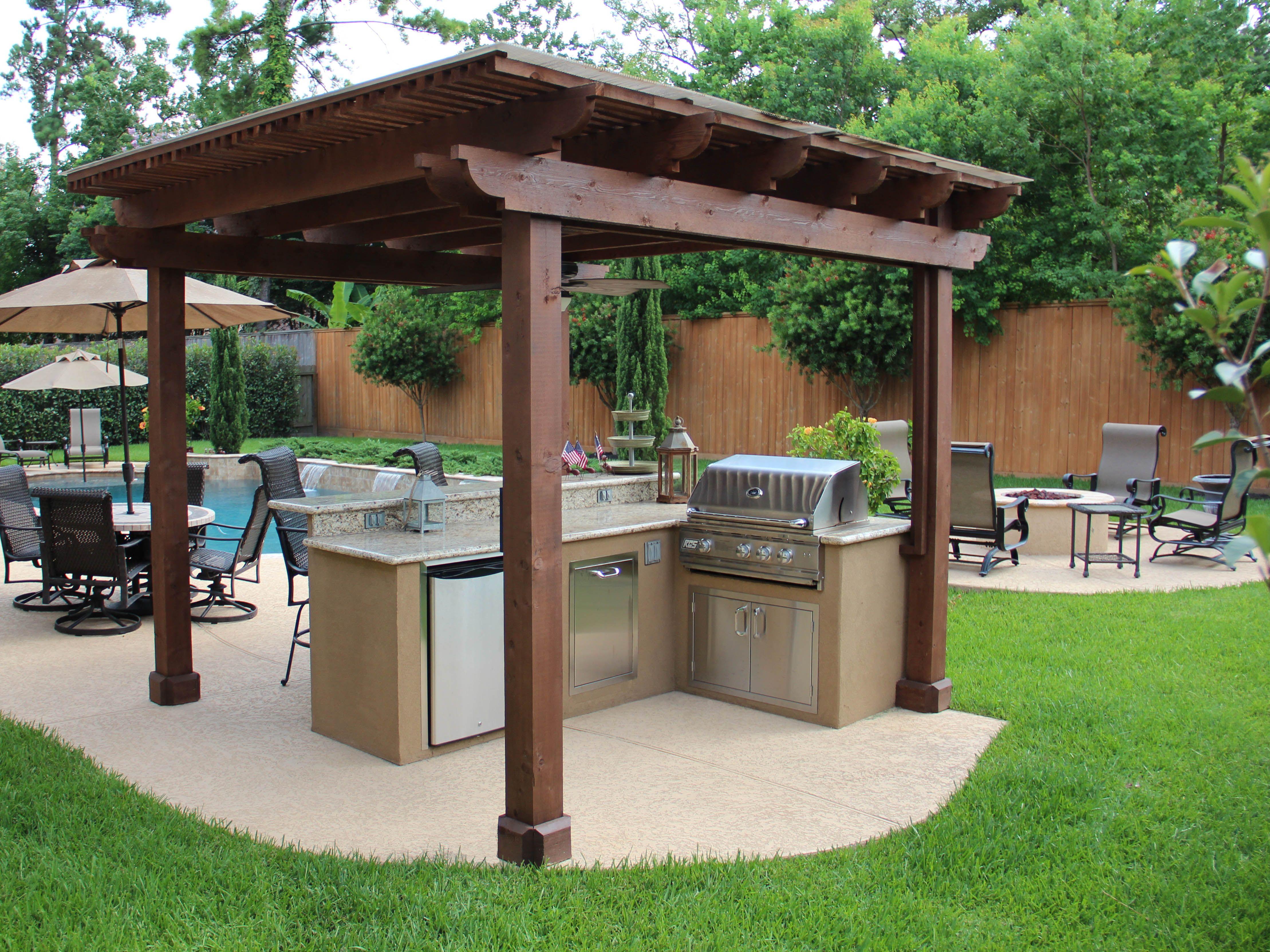 Www Customoutdoors Com Shade Arbor Over Outdoor Kitchen Covered Patio Outdoor Kitchen Shade Arbor