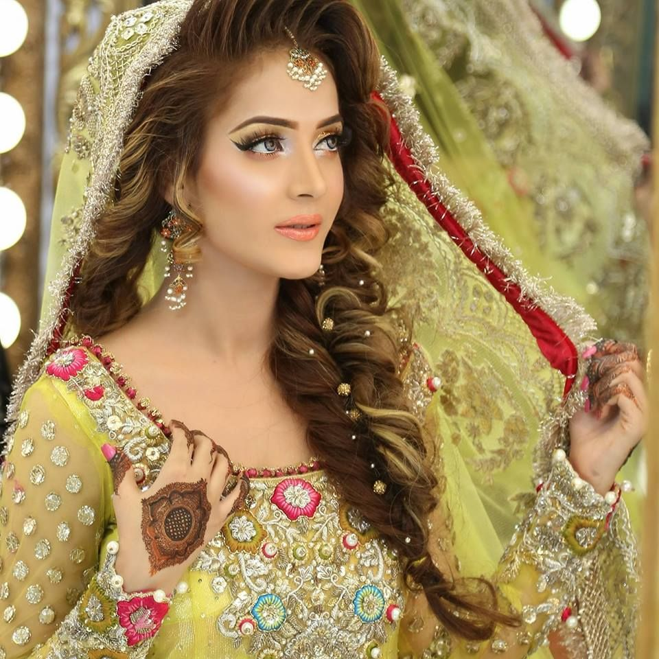 Kashee S Hair Style Extension Kashee S Aslam Beauty Parlor Pakistani Bridal Hairstyles Pakistani Wedding Hairstyles Asian Bridal Hair