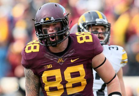 Maxx Williams Te Minnesota Not The Best Blocker Williams Has The Size And Athletic Ability To Be A Playmaker And Devastati Nfl Draft Nfl Football Helmets