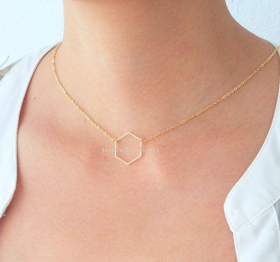 collier hexagone C1 par Jewelsalem sur Etsy