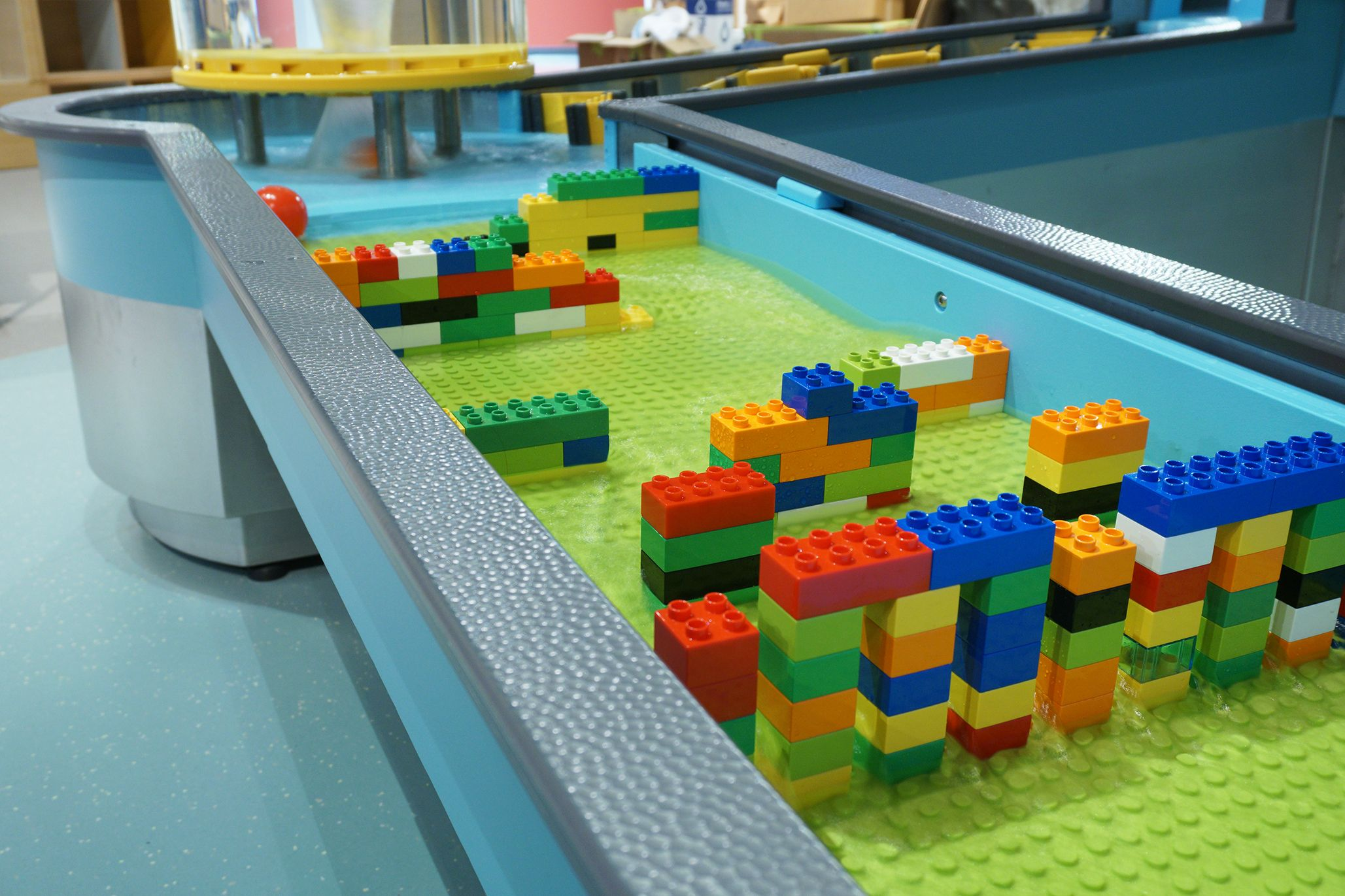 Science World BC   Water Table   Duplo Blocks