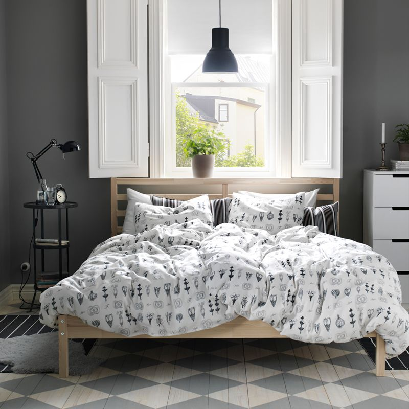 The more you mix patterns and styles, the calmer it gets Bedroom - ikea schlafzimmer grau