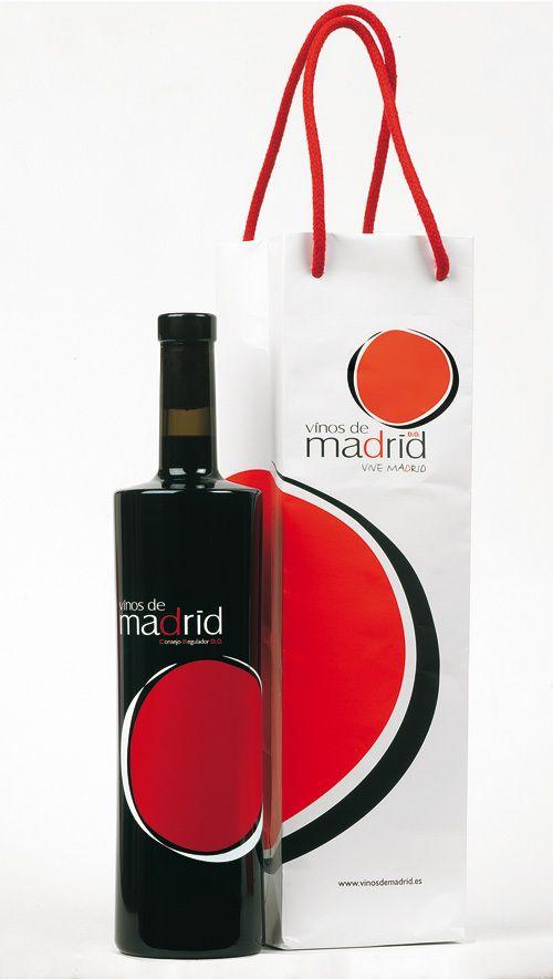 Packaging Vinos de Madrid by Fernando Fernandez.