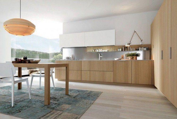 grifflose Eichenholz Fronten, weiße Wandfarbe und Stahl - küche spritzschutz selber machen