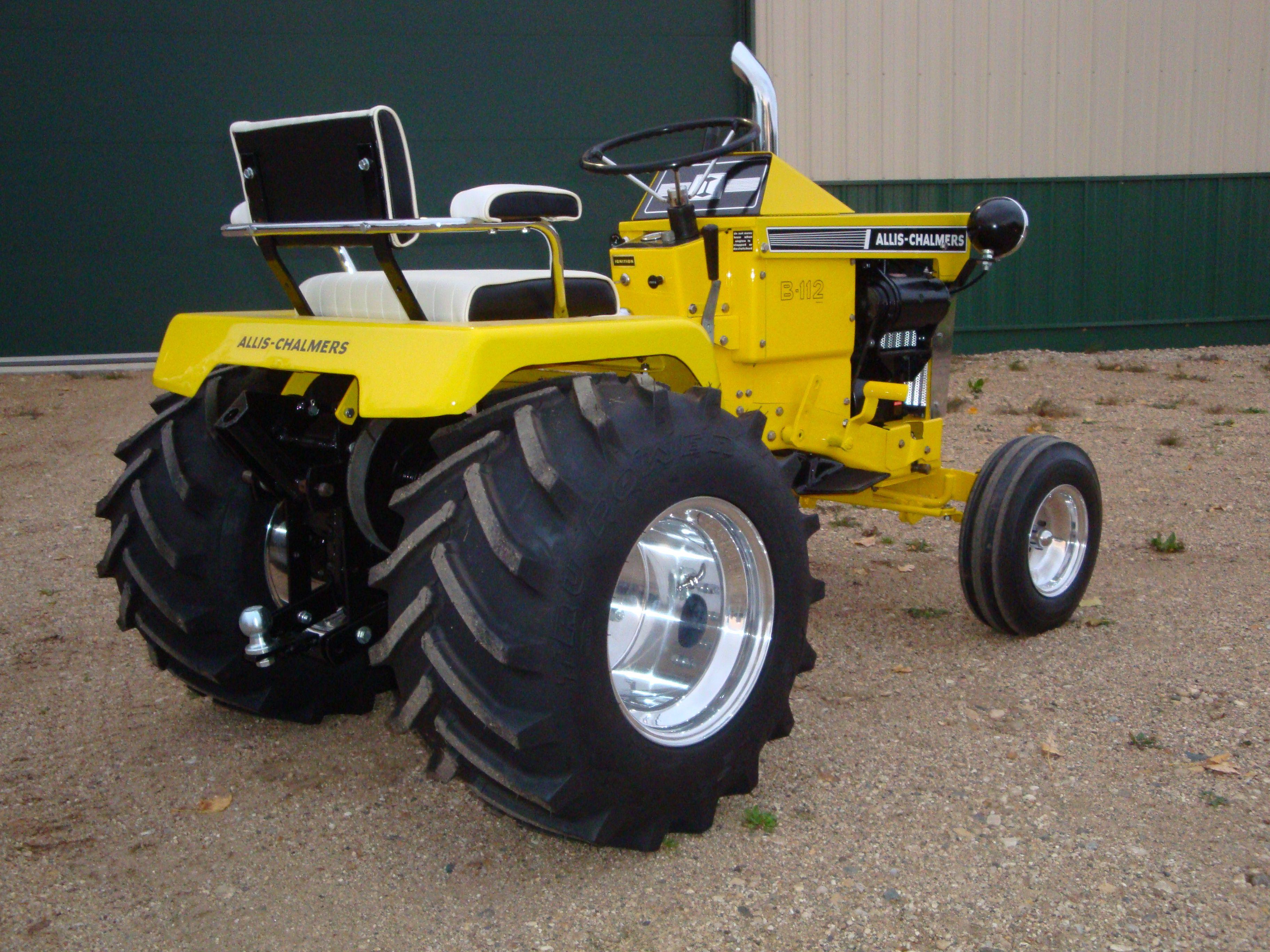 Allis Chalmers B 112 Garden Tractor Garden Tractors Tractors Garden Tractor Pulling