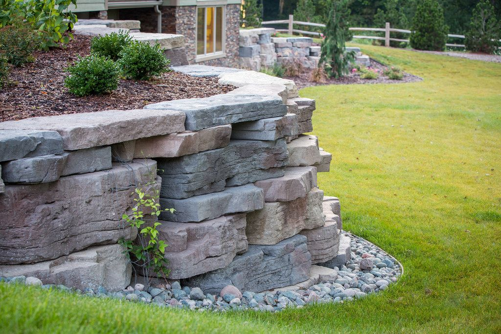 Rosetta Outcropping Residential Retaining Wall Landscaping Retaining Walls Hardscape Landscaping With Rocks