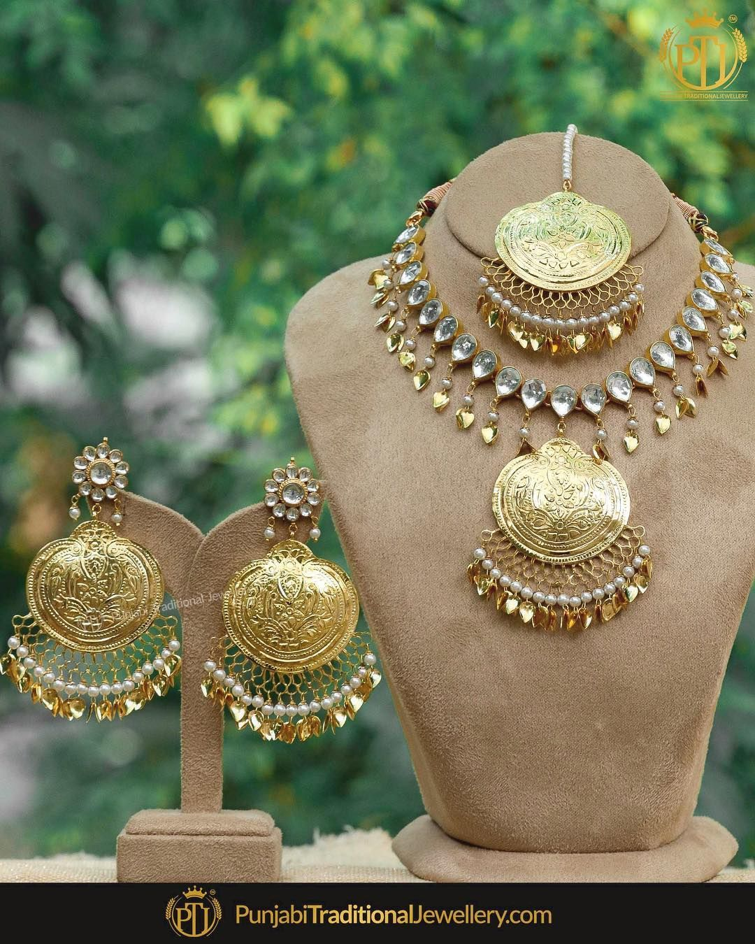 "334fd34b6c967 Punjabi Traditional Jewellery™ on Instagram: ""Love me for who i am ..."
