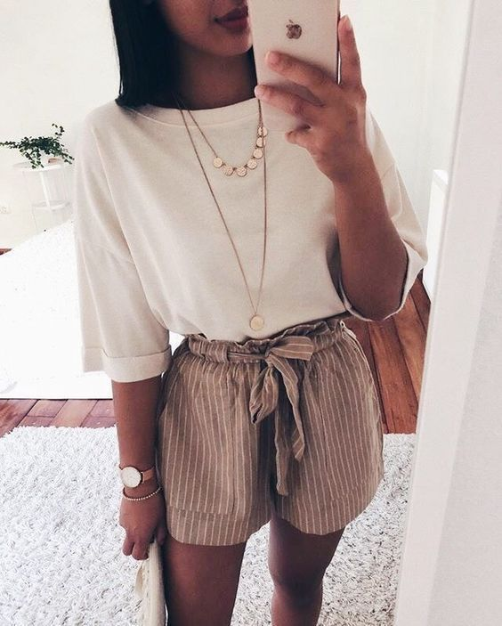Süße Sommer Outfit Ideen #mystyle #springoutfits #modetrends #sommeroutfits #  #WomenShorts #cuteoutfitsforsummer