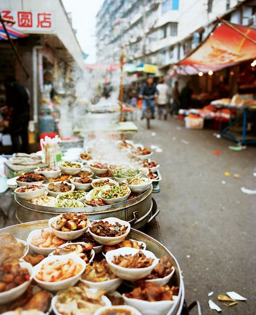 Pin By Nohemi Lopez On Places To Go People To See Food Stands Shanghai Food China Food