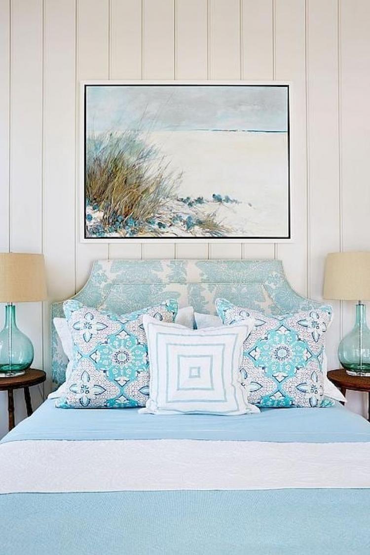 8+ Romantic Coastal Bedroom Decorating Ideas #Coastalbedrooms