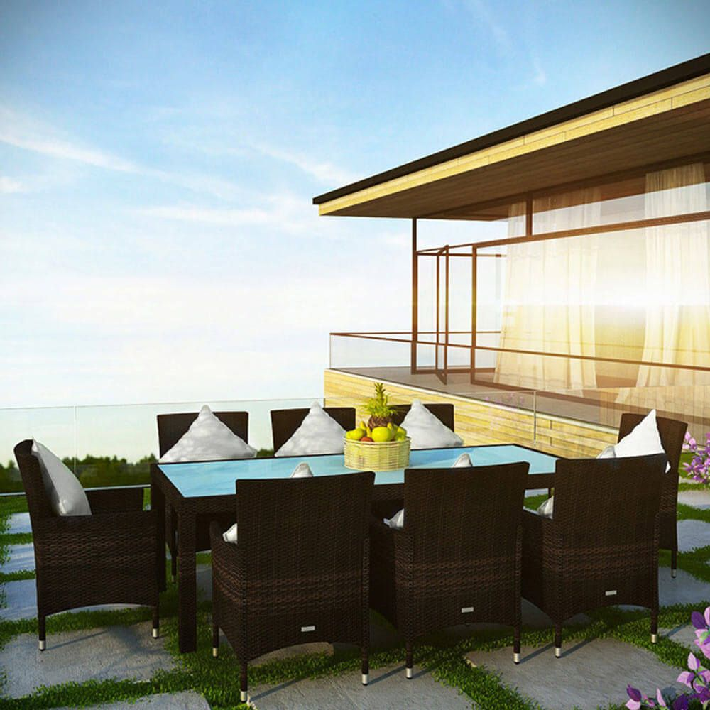 Enjoy the finest in outdoor dining pleasures with this ... on Luxo Living Outdoor id=43779