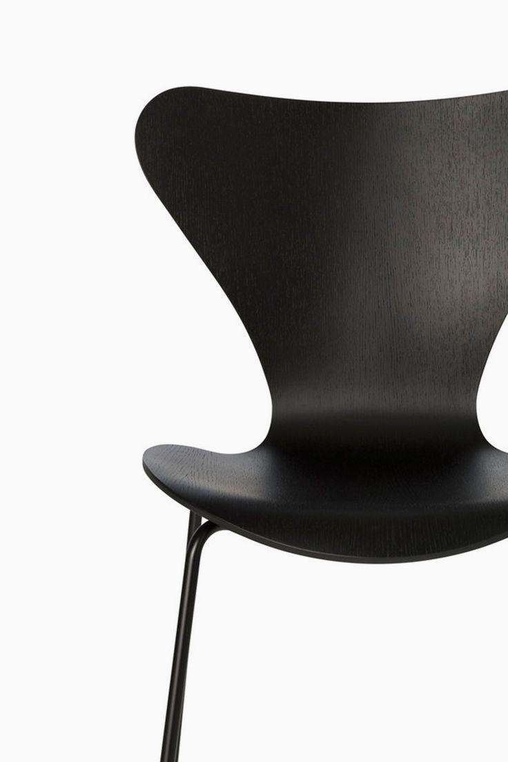 Fritz Hansen Series 7 Chair Monochromatic Black Painted Ash 46 5