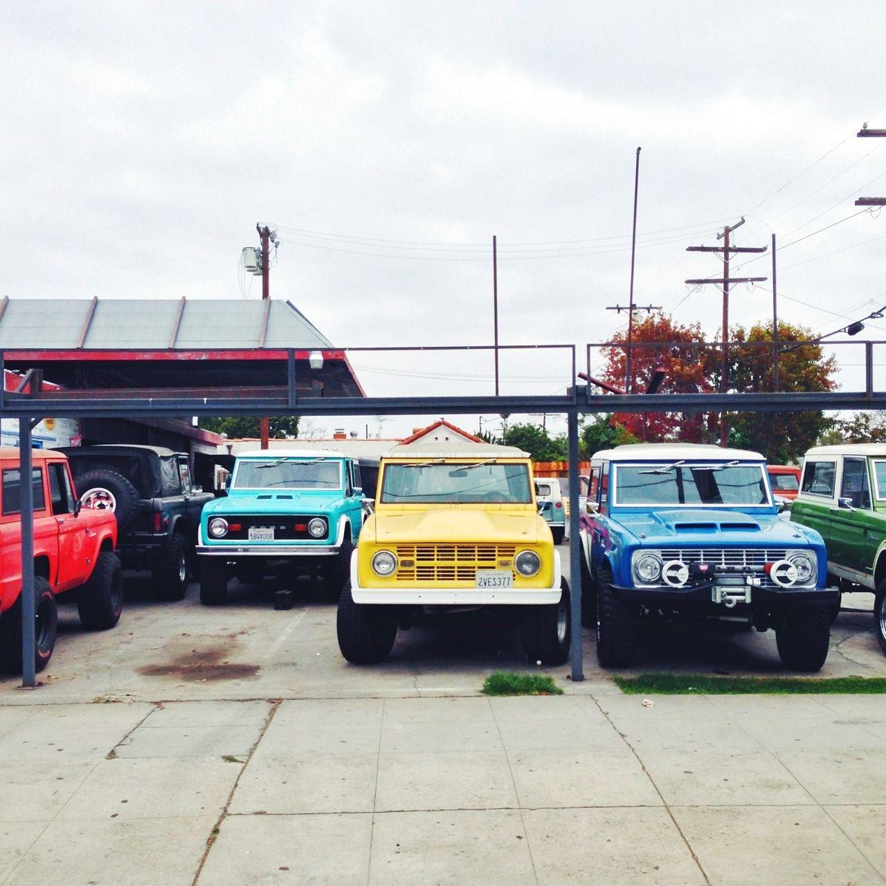 Trucks Ford Bronco Classic Ford Broncos