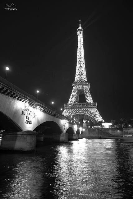 París, Torre desde el Río.