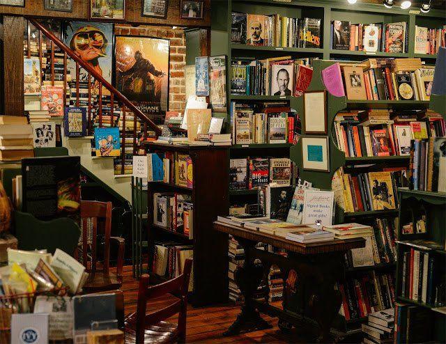 The Book Lady Bookstore에 대한 이미지 검색결과