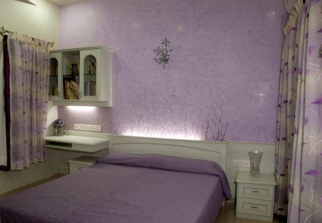 maltechniken farbeffekte schlafzimmer lila betthaupt indirekte ...