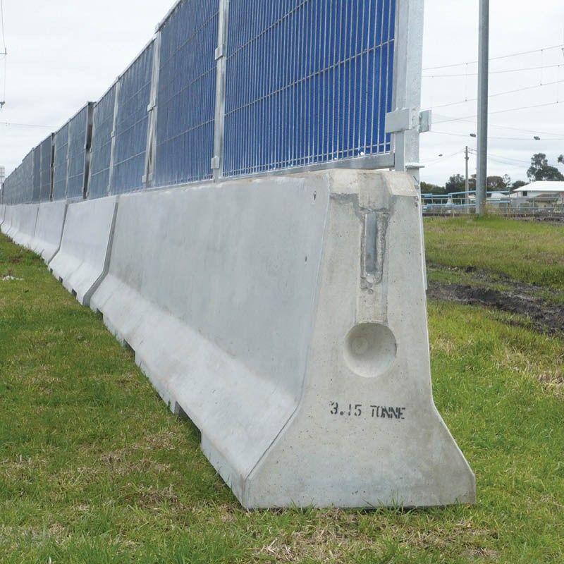 Deltabloc Concrete Crash Barriers Site Perimeter All Products Fence Design Military Bunkers Flood Barrier