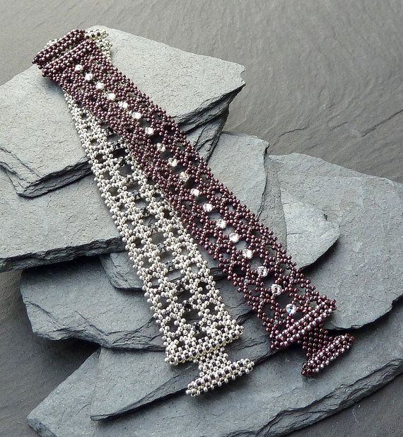 RAWmantic Lace beaded bracelet/ PDF file by mariposa8000 on Etsy, $12.00 Nice toggle design