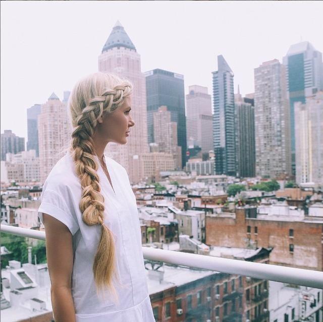 Barefoot Blonde. Dutch braid. www.barefootblonde.com
